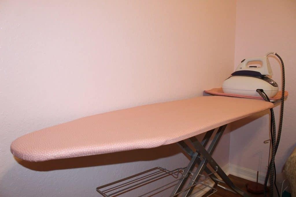 Extra large ironing board