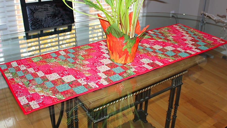 Bargello table runner pattern