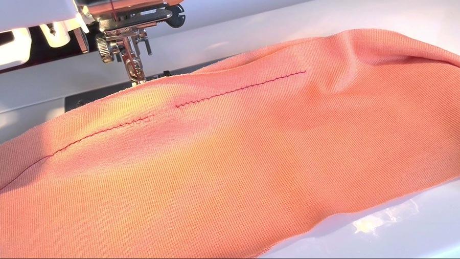 straight stitch on knits