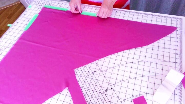 securing the fabric for cutting on the bias with painter's tape