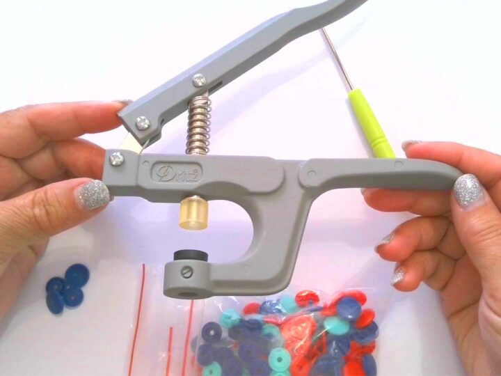 pliers to install KAM snaps